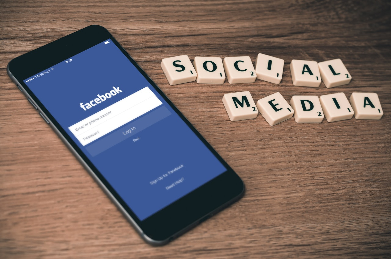 business social media policy